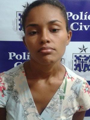 Suspeita de matar marido em Catu é presa. (Foto: Divulgação/PC)