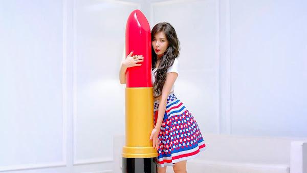 Hyuna Red MV