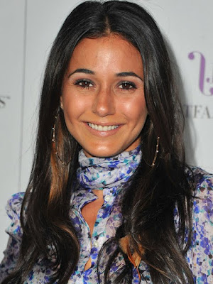 Emmanuelle Chriqui Gold Hoop Earrings