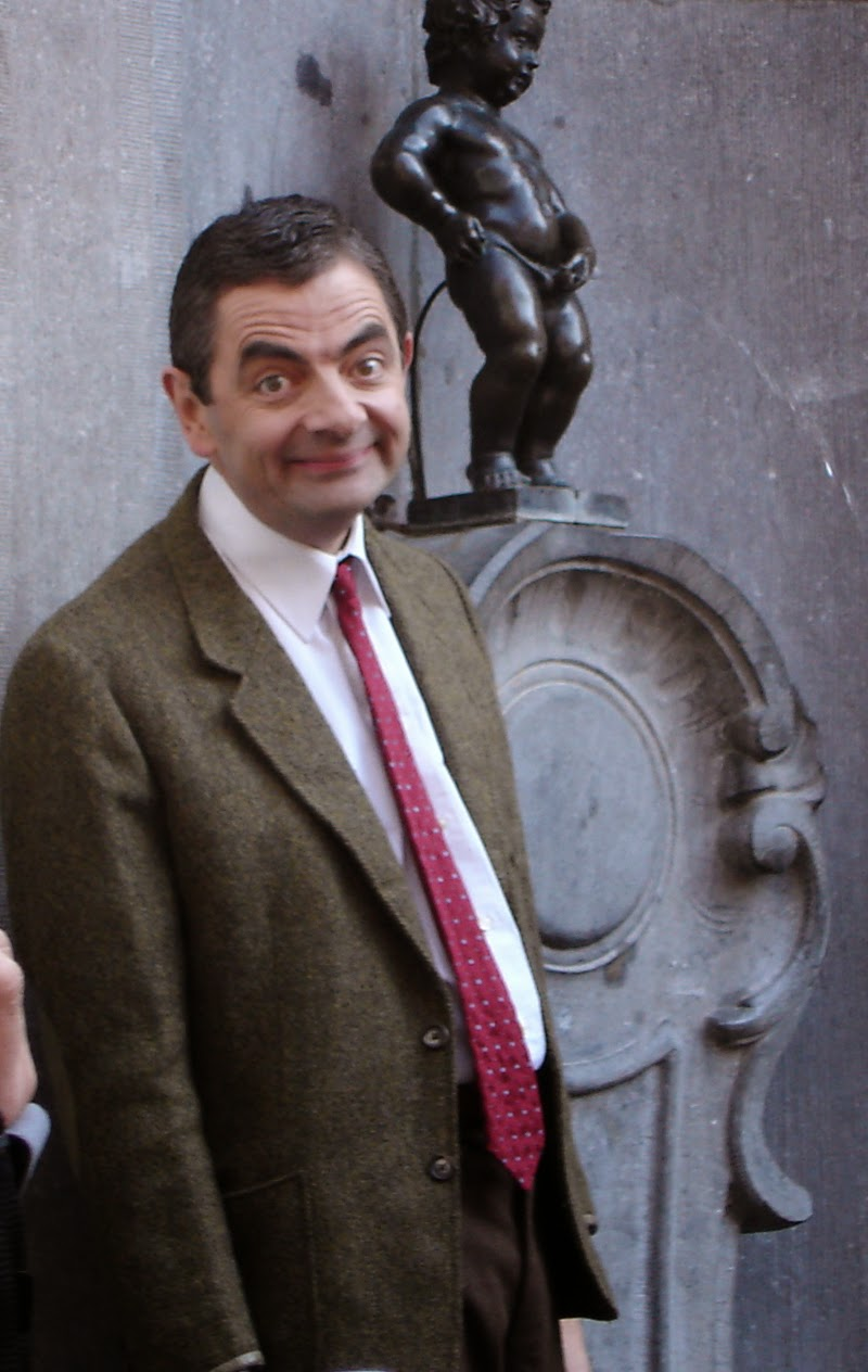 Rowan Atkinson and Manneken Pis