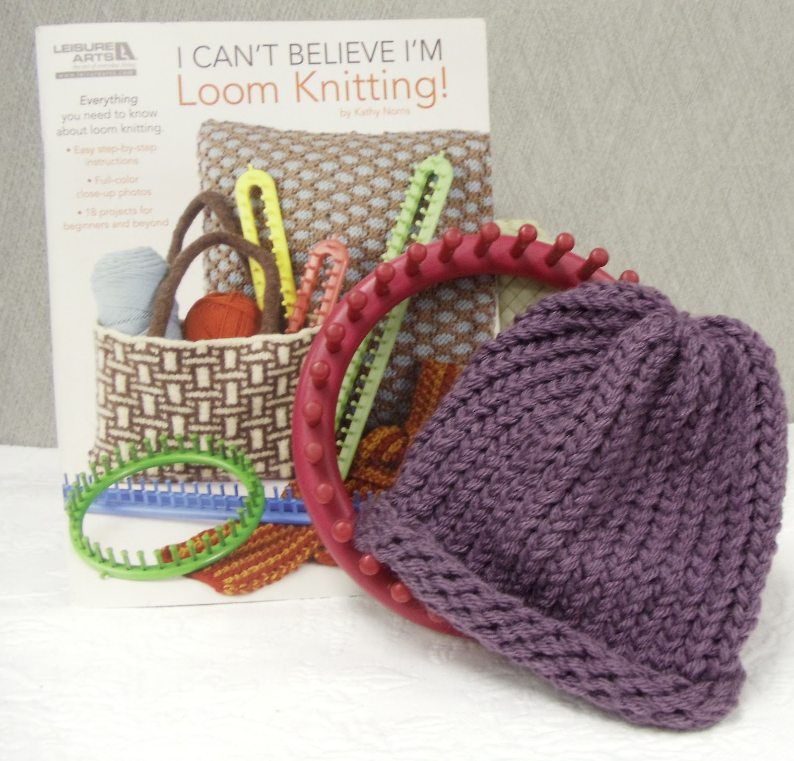 Loom Knitting Pattern Books : Everyday Life at Leisure: Loom Knitting: 2nd Baby Hat Complete!