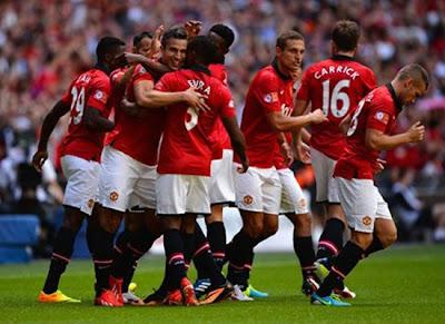 Manchester United celebration Community Shield 2013