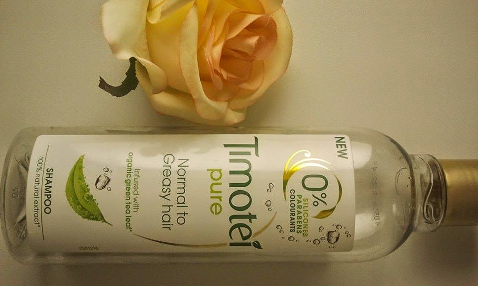 Timotei-pure-shampoo-on-my-kitchen-table-ingredients-front