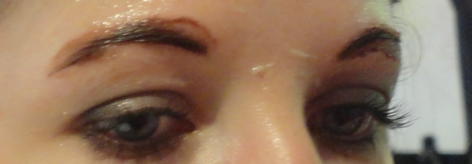 test du brow bar le bar sourcils benefit - Coloration Sourcils Sephora