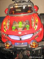 2 Mobil Mainan Aki Junior Z631 Thunder Jeep dengan Simulasi Mesin Bergetar