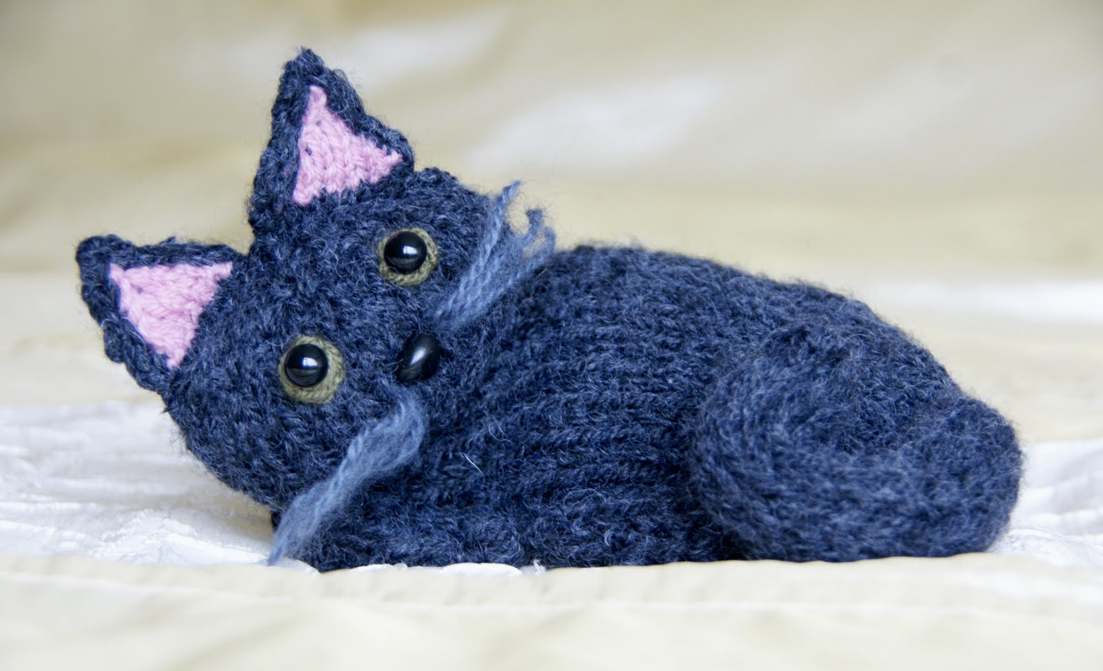 Cat Design Knitting Pattern : Free Knitting Kitty Cat Pattern