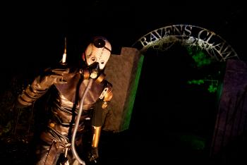 Legendary Haunt Tour Salem 2014 - Nightmare New England