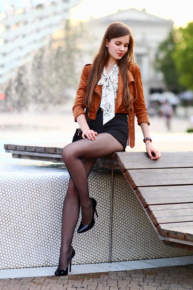 Ariadna Majewska  Brown%2Bsuede%2Bjacket%2Bfringes