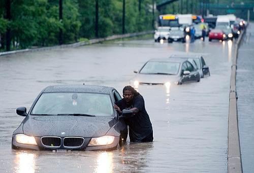 Toronto_flooding_2013_photo