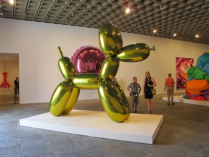 Art Lobster: Of bunnies and balloon dogs.