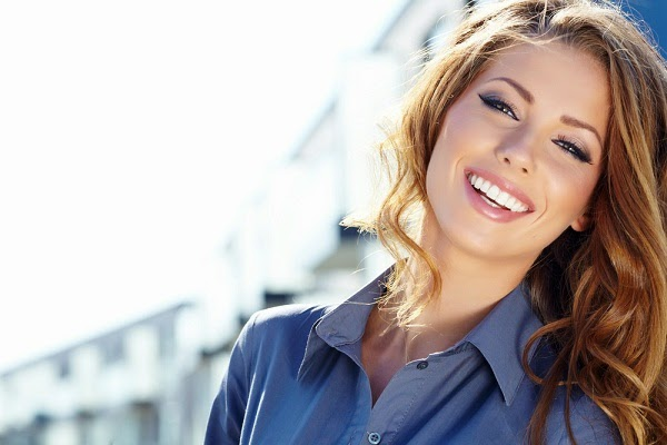 7 علاجات فعّالة لشد وتبييض الرقبة