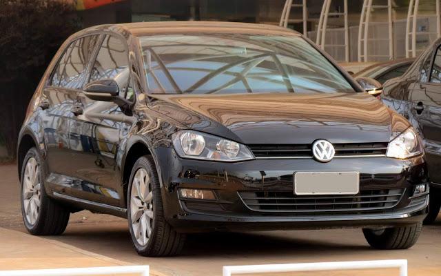 VW Golf 7 nacional - motor flex, câmbio automático e suspensão traseira semi-independente