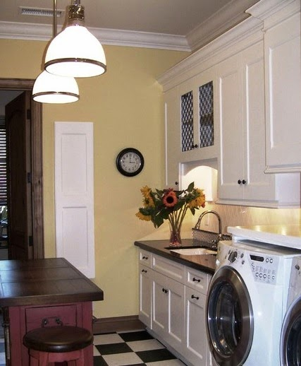 Laundry Room Recessed Lights Can Make Your Laundry Room Look More Elegant And Also More Impressed Clean This Type Of Lamp Is Widely Used For Houses With