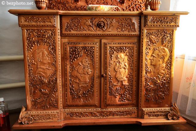 деревянная резная мебель фото