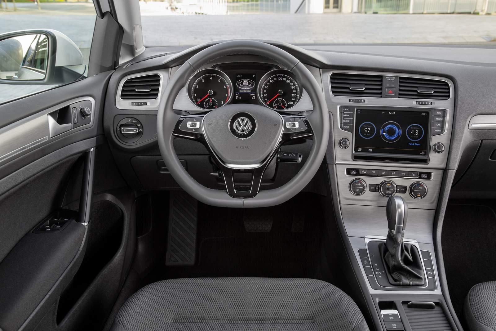 VW Golf 1.0 TSI - Brasil