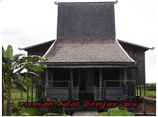 Keberagaman dan keunikan rumah adat di Indonesia yang terkenal di mata dunia,Rumah Adat Banjar Kalimantan Selatan