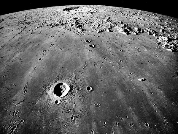 Los Increíbles Secretos de la Luna Según el Dr. Ángel Luis Fernández