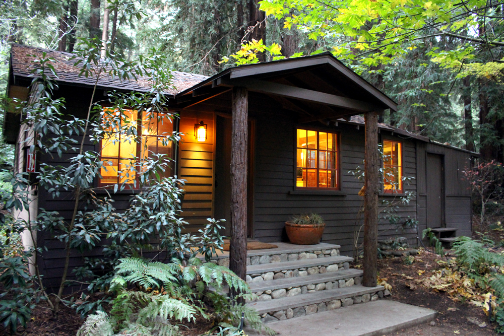 Glen oaks big sur emma louise layla for Big sur cabin