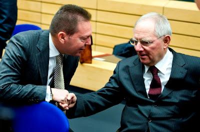 """Όχι """"κύριε"""" Στουρνάρα! Οι Γερμανοί ΔΕΝ ΕΙΝΑΙ φίλοι ΜΑΣ! Είναι ΔΙΚΟΙ σου φίλοι!"""