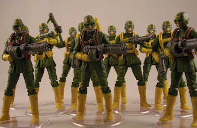 http://3.bp.blogspot.com/-rCzbFum9Lqc/TxenIc9jdfI/AAAAAAAAAmU/xWzhsIi2-Bg/s1600/Marvel+Captain+America+Hydra+Armored+Soldier+Attack+Trooper+Comic+Variant+%252819%2529.JPG