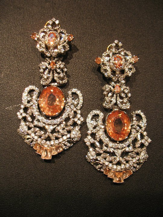 Beautiful elegant stylish Earings Collection