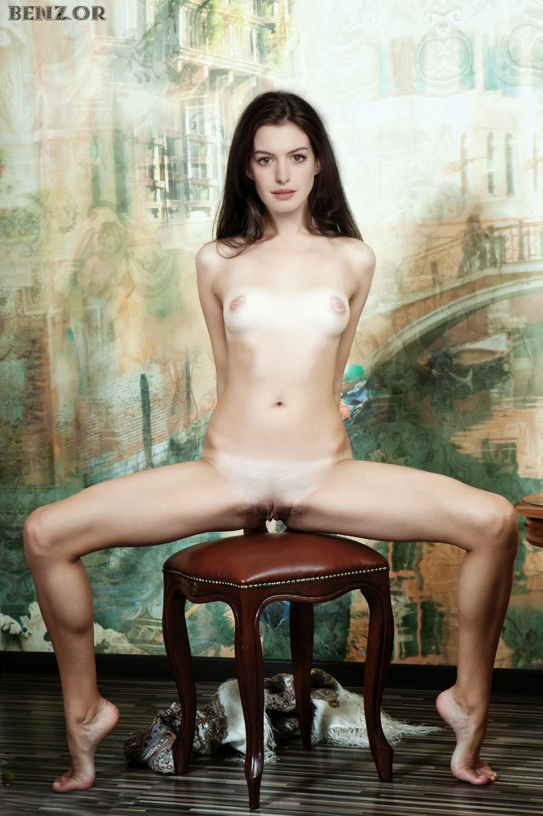 Hathaway fakes pictures Anna nude