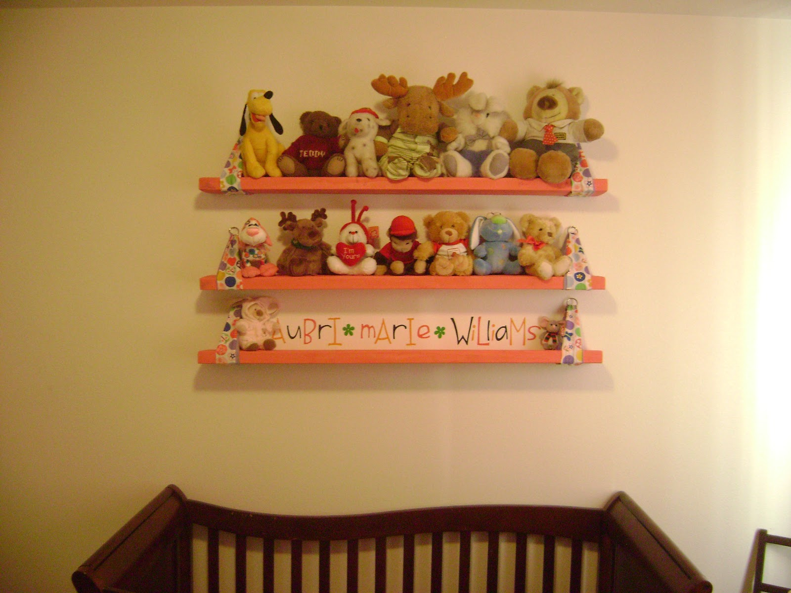 ricki s craft corner stuffed animal shelves rh rickiscraftcorner blogspot com stuffed toy shelves Stuffed Animal Net