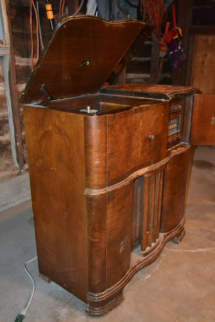 Recycle Restoration 1941 Rca Victrola
