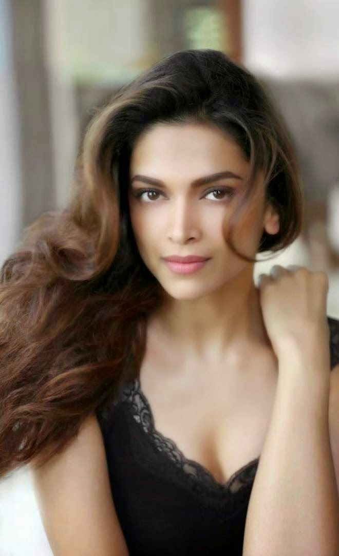 Deepika Padukone Latest HD Spicy Stills