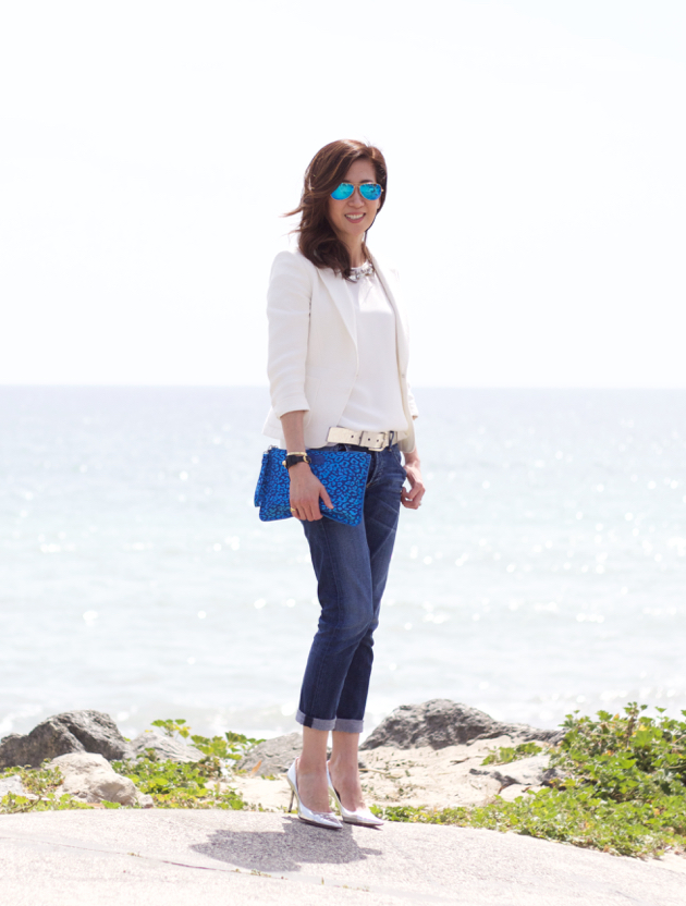 Full length OOTD featuring boyfriend jeans and Jimmy Choo shoes