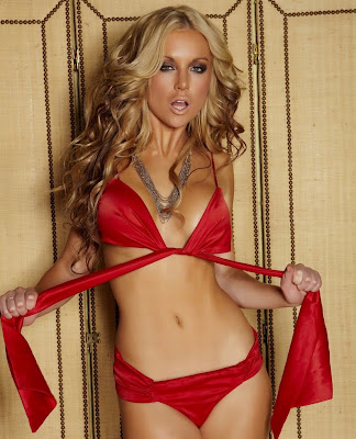 Hot Babes Kayden Kross in lingerie