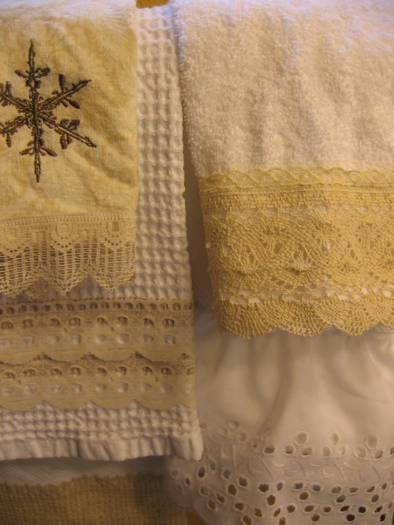 Marie kinnaman designs lace trimmed bar towels - Seven mistakes we make when using towels ...