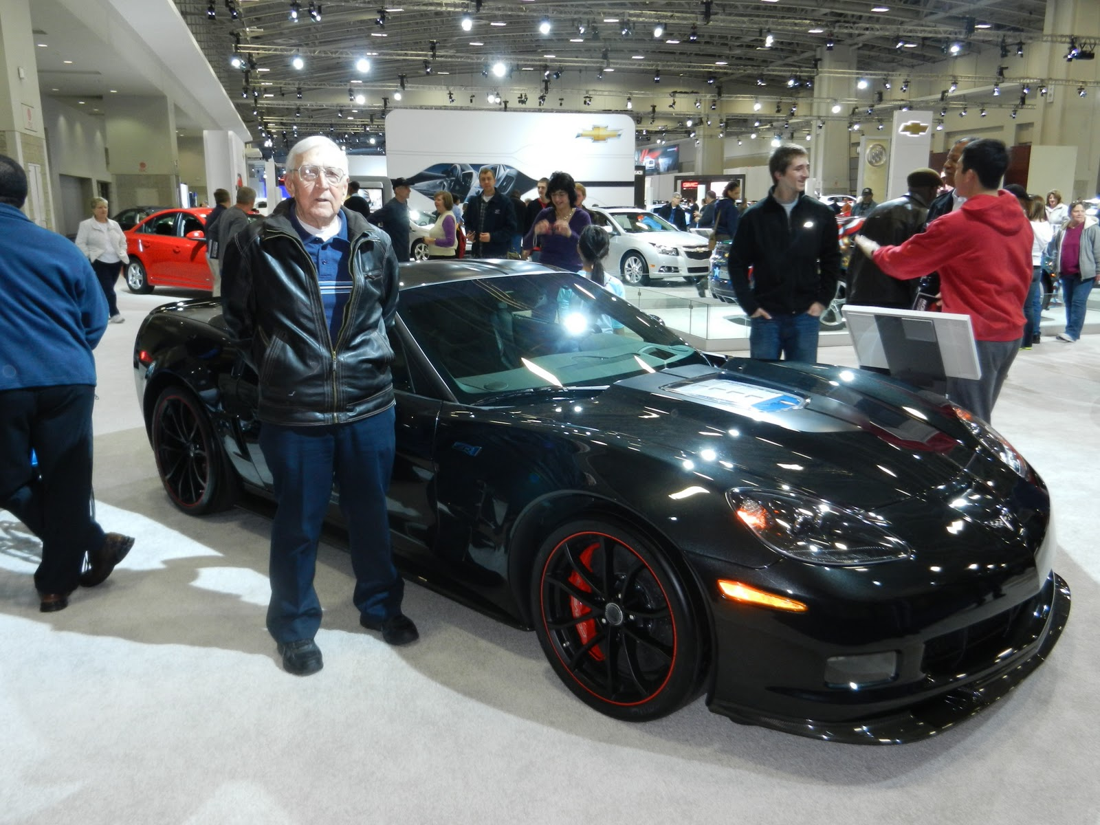 Photons And Electrons Washington DC Auto Show With Slim - Washington dc car show discount tickets