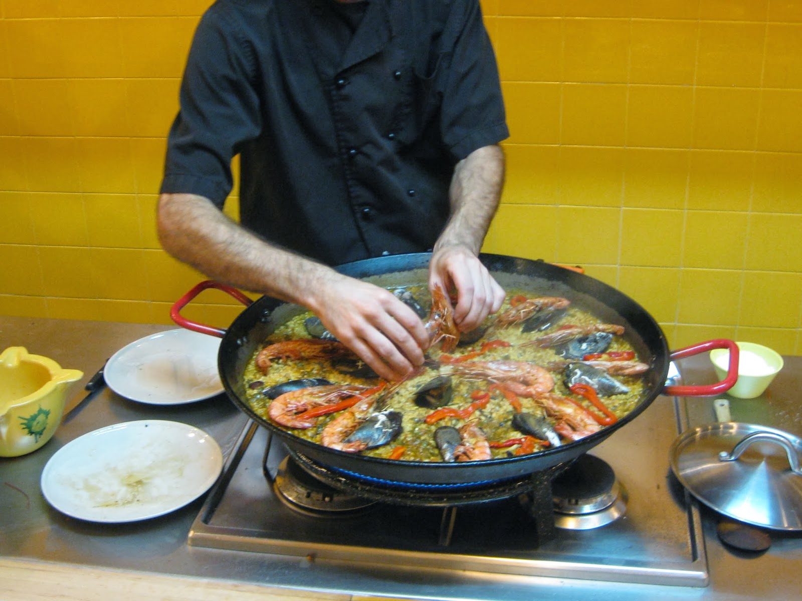 Barcelona - Making paella at Cook & Taste cooking class