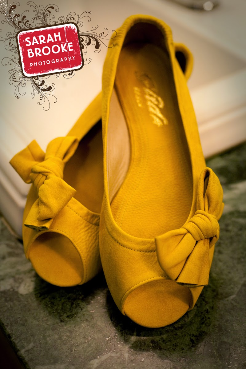 Yellow wedding shoes - Pat Stimac, Seattle Wedding Officiant