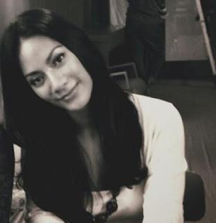 foto model Devi Liu - exnim.com