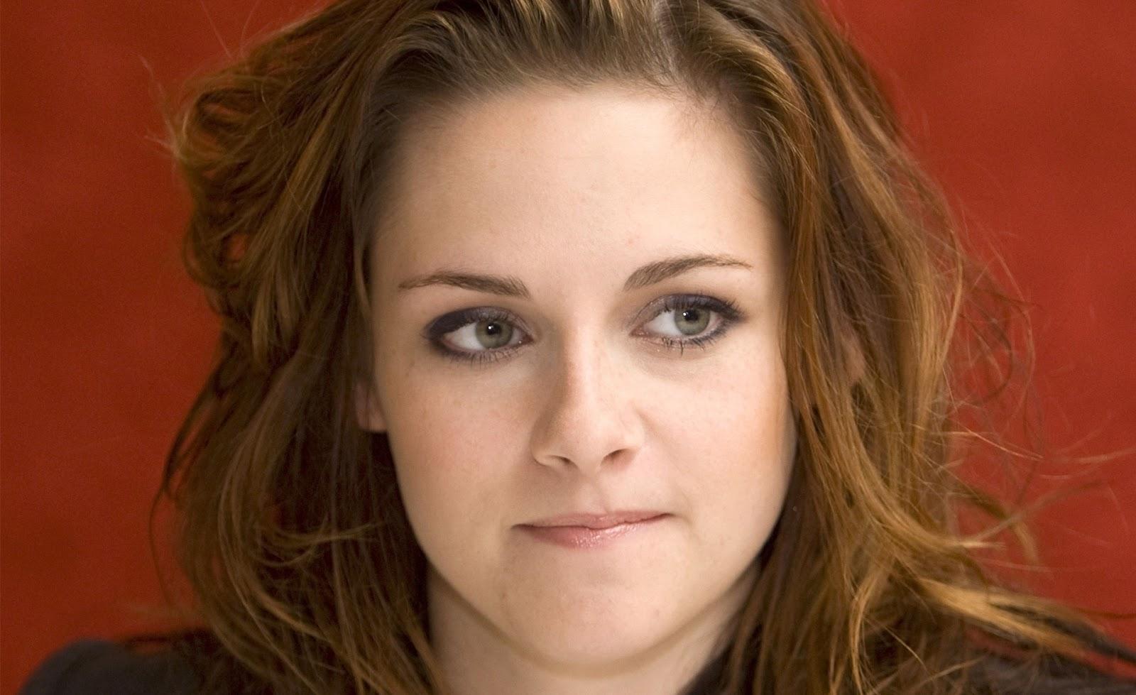 http://3.bp.blogspot.com/-rEhbYd6_3nw/TvSNsWm3hsI/AAAAAAAABqA/emWzjWDN3yk/s1600/Kristen+Stewart+%25286%2529.jpg