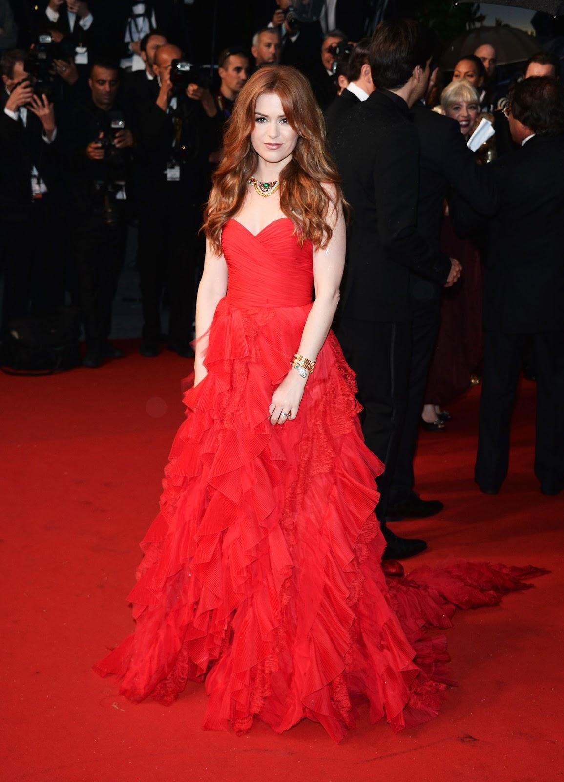 Isla Fisher de BVLGARI deslumbra en la alfombra roja de Cannes