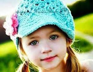 Foto Gambar Anak Perempuan Cantik Pakai Bandana