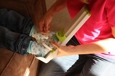 Using the Clarks Kids Foot Gauge