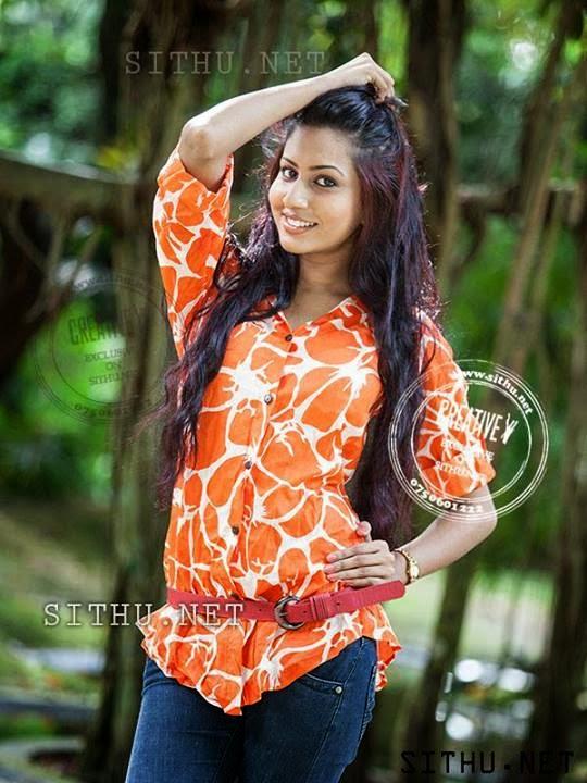 Srilankanmodels.biz: Nilukshi Amanda Silva