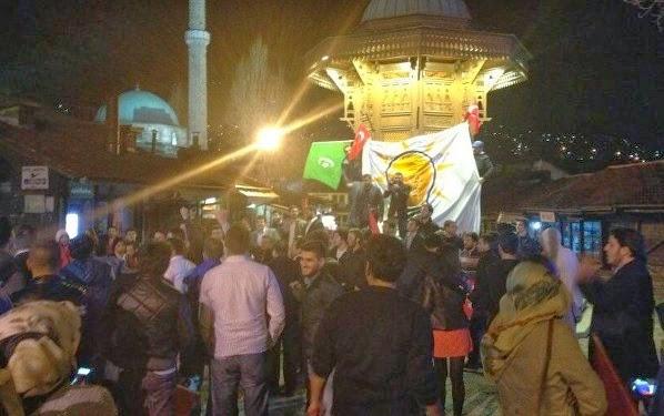 Perayaan kemenangan AKP di Sarajevo, Bosnia