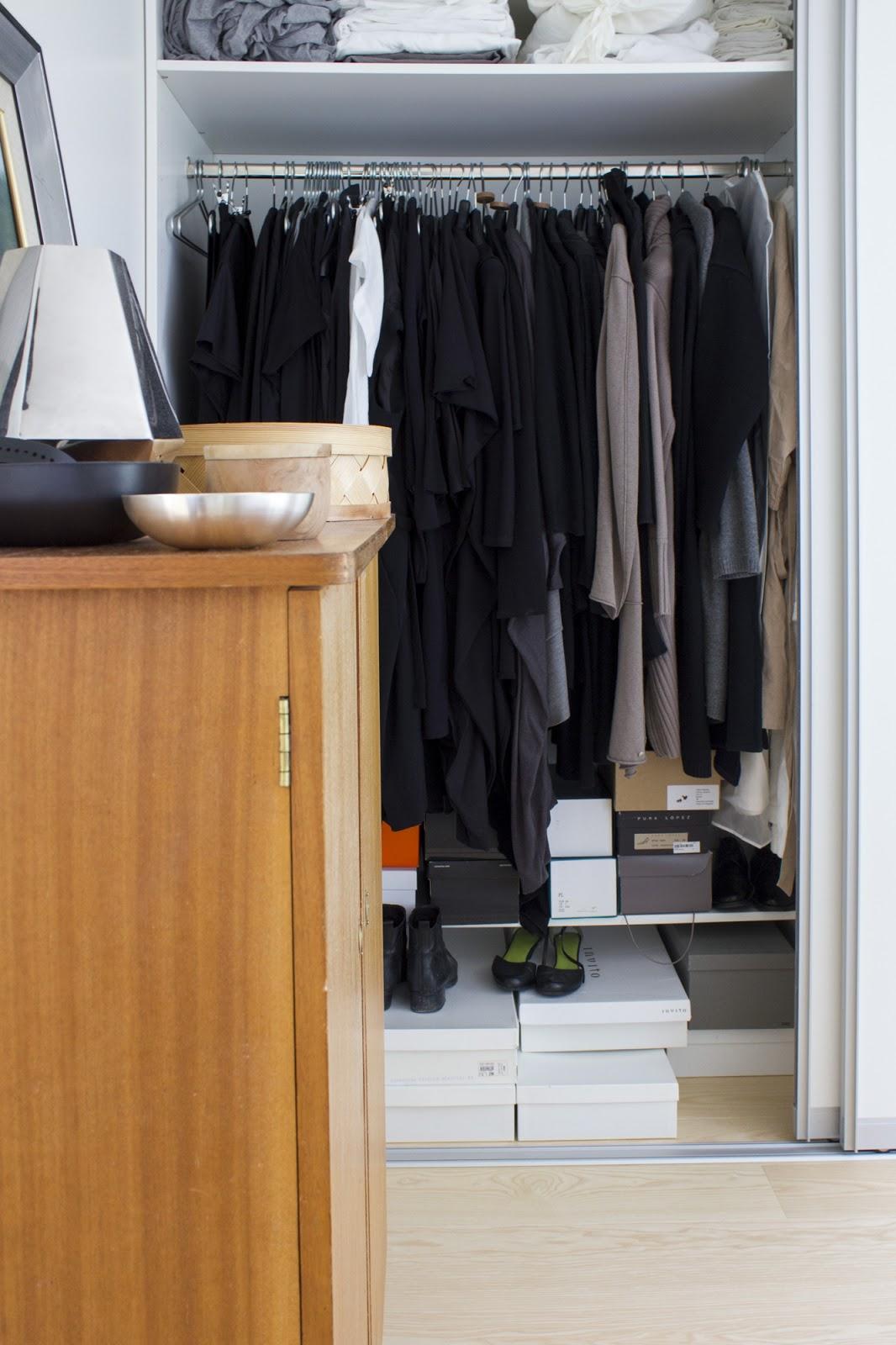 makuuhuoneen kaapit Kabinetti
