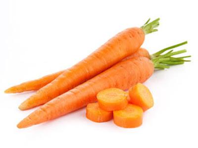 Trị mụn trứng cá bằng mặt nạ cà rốt