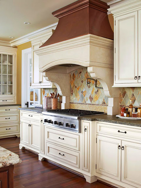 Modern furniture 2012 white kitchen cabinets decorating design ideas - Kitchen design ideas white cabinets ...