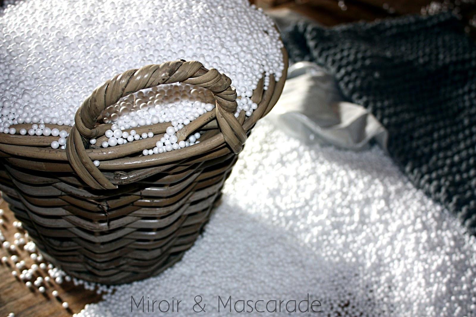 Miroir et mascarade a pouf - Rembourrage pour pouf ...