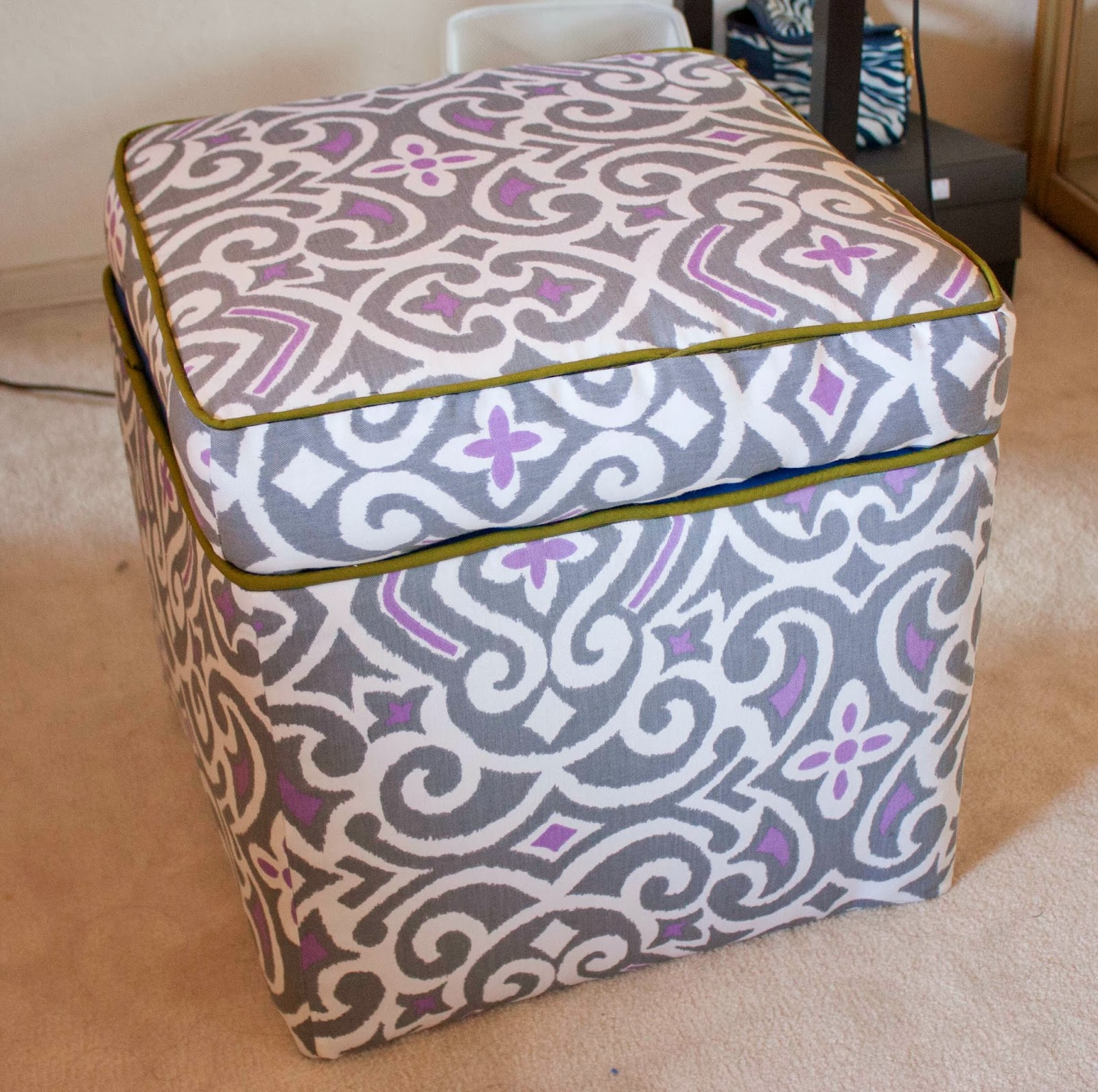 DIY- Reupholstering a Storage Ottoman (and Vinyl Office Chair Cushion!)  sc 1 st  SkinnyMinhyu0027s Adventures in Food + Crafting Land & DIY- Reupholstering a Storage Ottoman (and Vinyl Office Chair ...