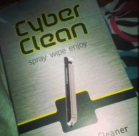 trials tribulations of a brummie mummy cyberclean touch screen cleaner. Black Bedroom Furniture Sets. Home Design Ideas
