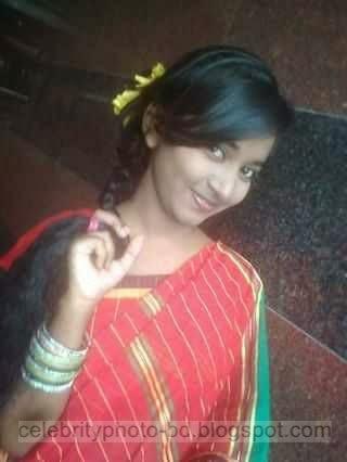 Hot%2BBangladeshi%2BFacebook%2BGirl%2BChocolaty%2BMafsina's%2BPrivate%2BPhotos002