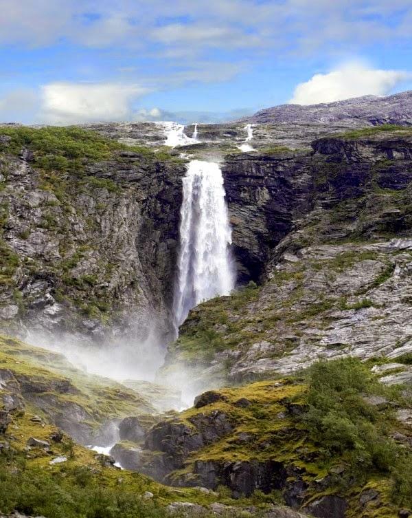 Krunefossen, Norway